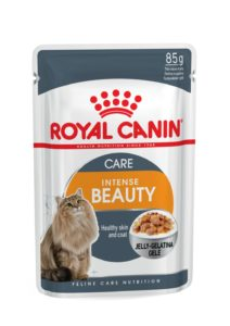Intense beauty care in jelly pouch cat food